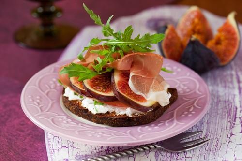 Какие можно сделать закуски на стол фото 204