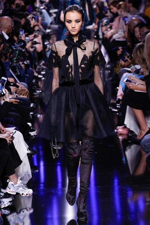 Модные вечерние платья - новинки от известных дизайнеров