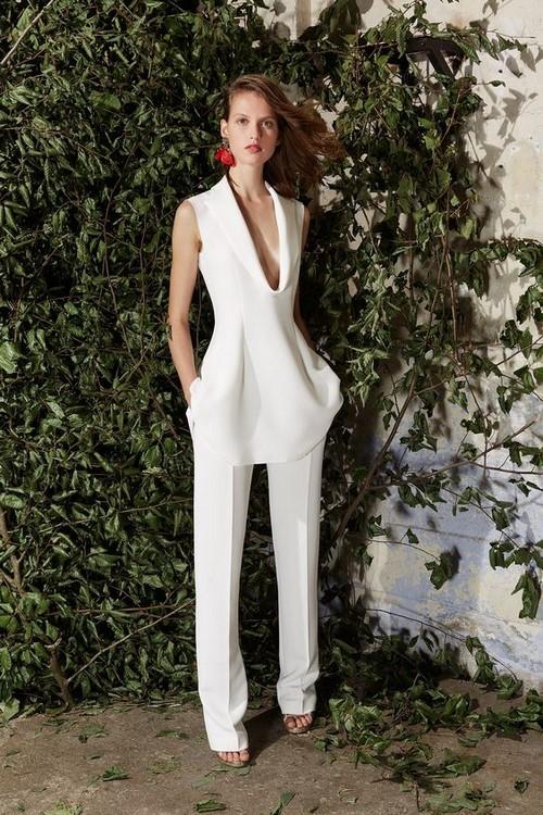 Самые модные женские костюмы. Фото, модные тренды, образы