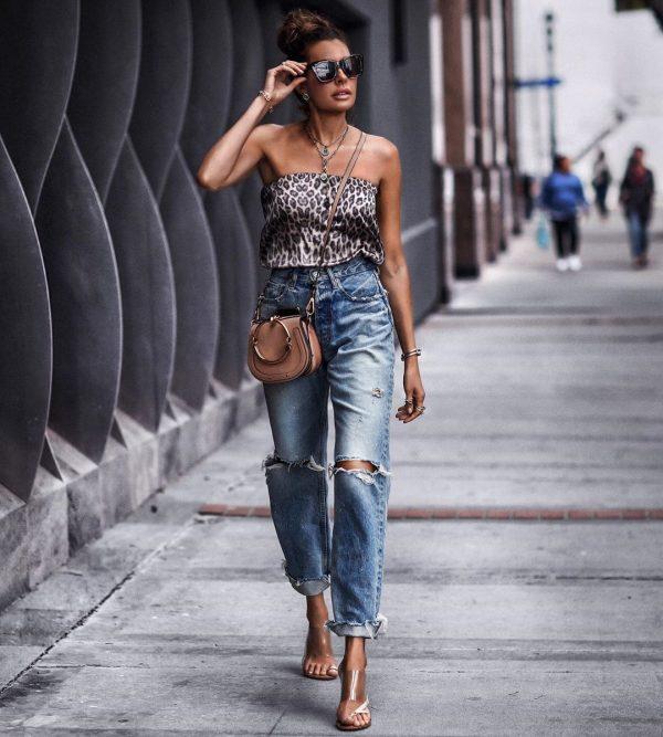 Модные новинки женских джинсов 2019-2020: самые трендовые и оригинальные модельки