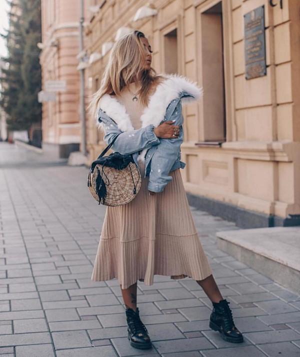 Смотреть Модные женские брюки осень-зима 2019-2020 видео